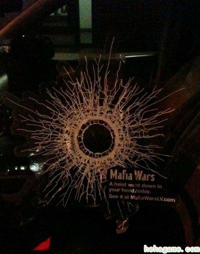 zynga 洒钞票炸卡车 只为传播黑帮游戏 《mafia wars : las vecas》